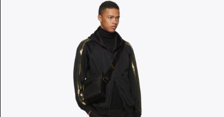 กระเป๋า Versace Black Greek Cross Messenger Bag Picture