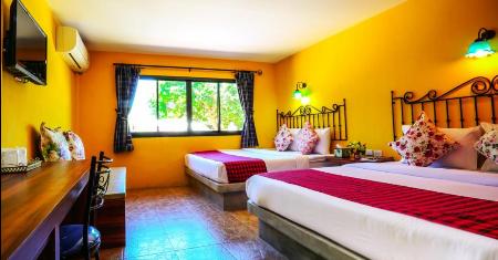 โรงแรม เดอะ คาสเตลโล รีสอร์ท เกาะล้าน