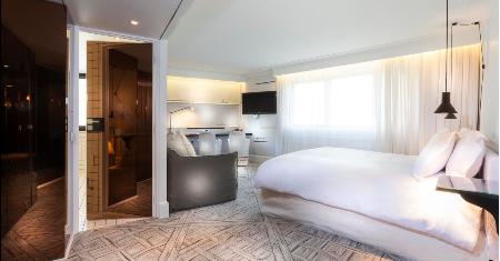 La Maison Champs Elysees โรงแรมลาเมซงชองเซลิเซ่ ปารีส