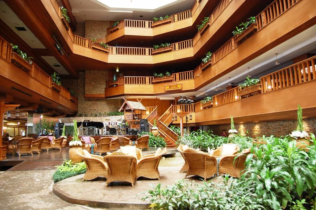 Lotus Hotel Pang Suan Kaew, Huay Kaew Rd, Chiangmai, Thailand