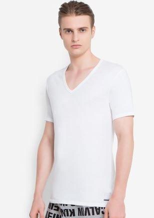 เสื้อยืด V-Neck Slim Fit Picture
