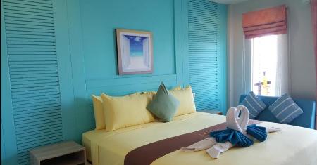 โรงแรม ลารีน่า รีสอร์ท บาย เดอะ ซี เกาะล้าน