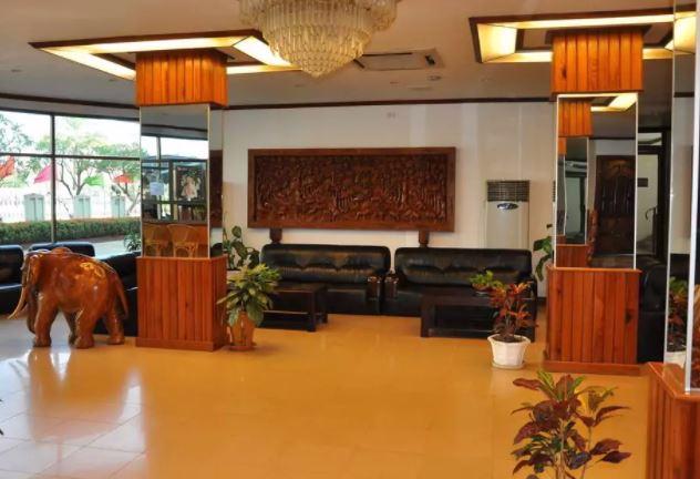 Mekong Hotel, Vientiane, Laos